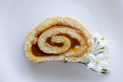 Roulade <span>with Apricot Jam</span>